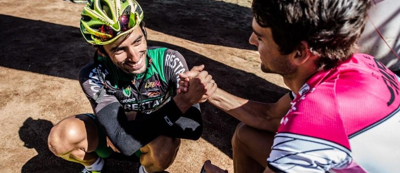 Il Mongolia Bike Challenge è finito. Vince l'americano Mcelveen grazie alla sportività di Nicholas Pettinà