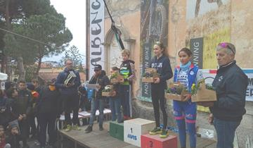 TRIANGOLO LARIANO: ELVIRA RADAELLI ARGENTO IN LIGURIA