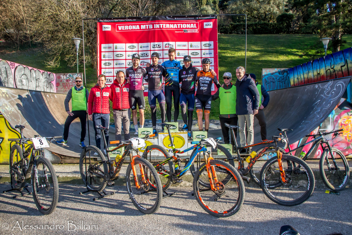 149a27c92a Gerhard Kerschbaumer a Verona ricorda a tutti che è lui il numero 1 -  Pianeta Mountain Bike