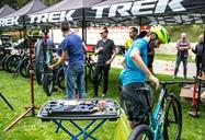 trek-top-fuel-pre-riding.jpg