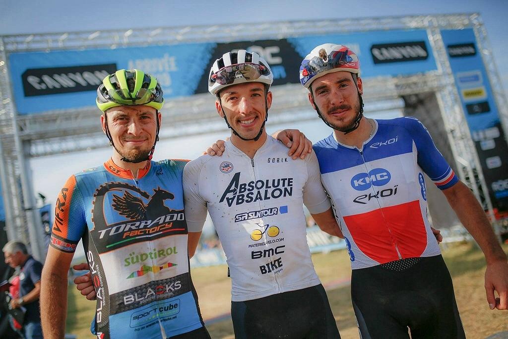 Il podio della Roc d'Azur 2019 con Sarroum Pruus e Koretzki
