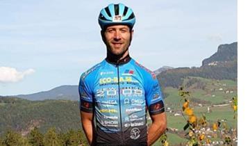 Franz Hofer firma per il New Bike 2008 Racing team
