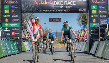 Cicli Taddei, Failli il ganador! Vittoria in volata in Andalucia