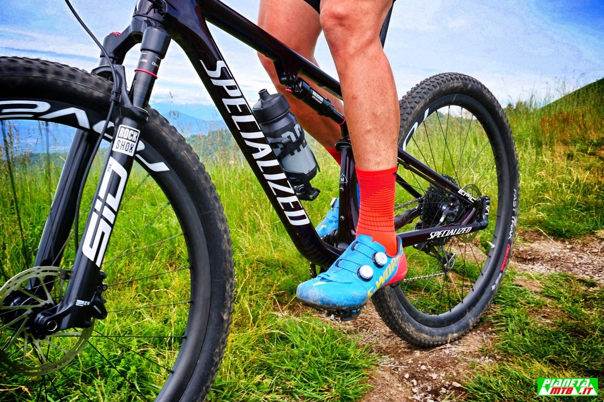 Specialized Epic Expert 2021 in azione
