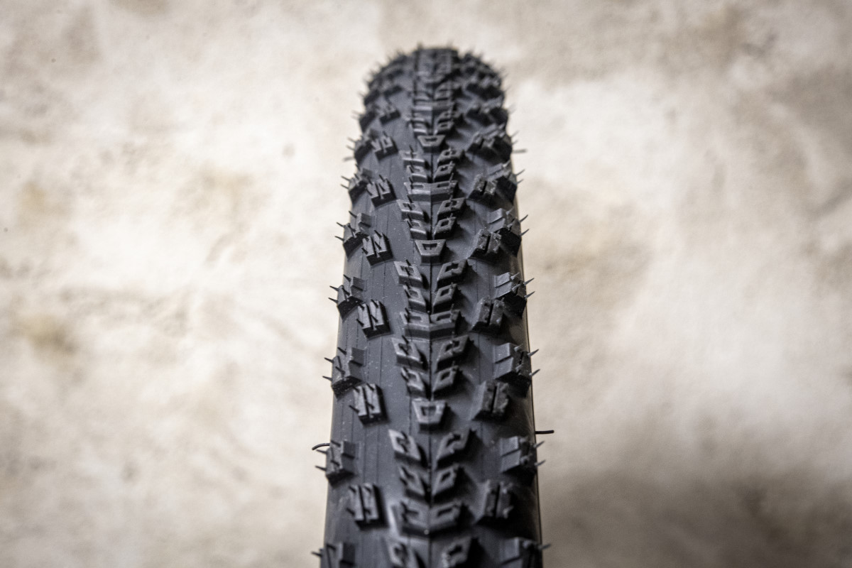 Gomme Specialized Rhombus