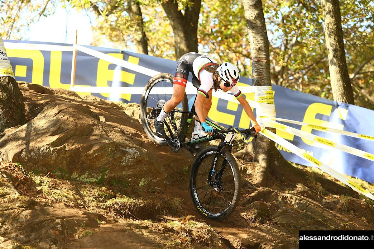 Mona Mitterwallner all'Europeo XCO Junior