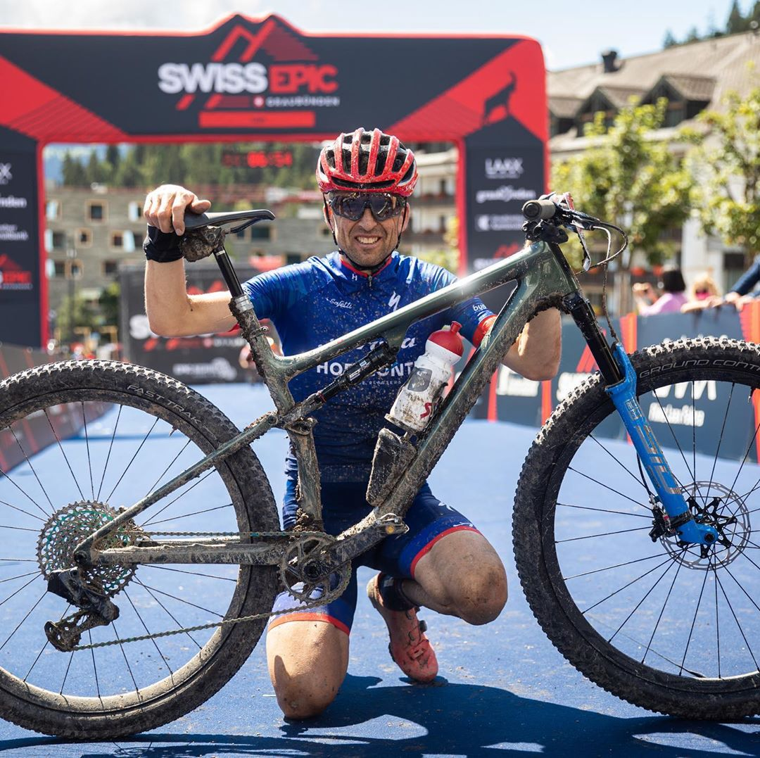 Christoph Sauser con Specialized Epic EVO