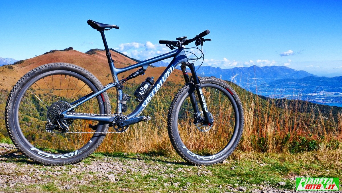 Specialized Epic EVO 2021 primo piano