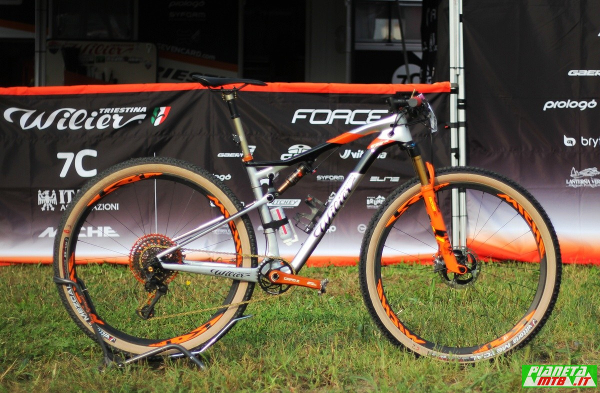 Wilier 110 FX di Johnny Cattaneo