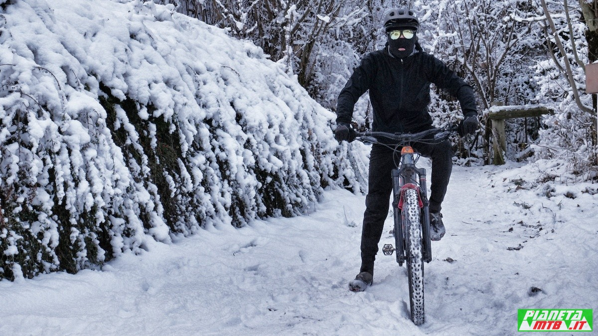 Pedalare in inverno in mountain bike