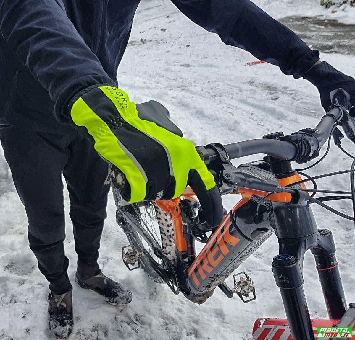 Guanto invernale mountain bike