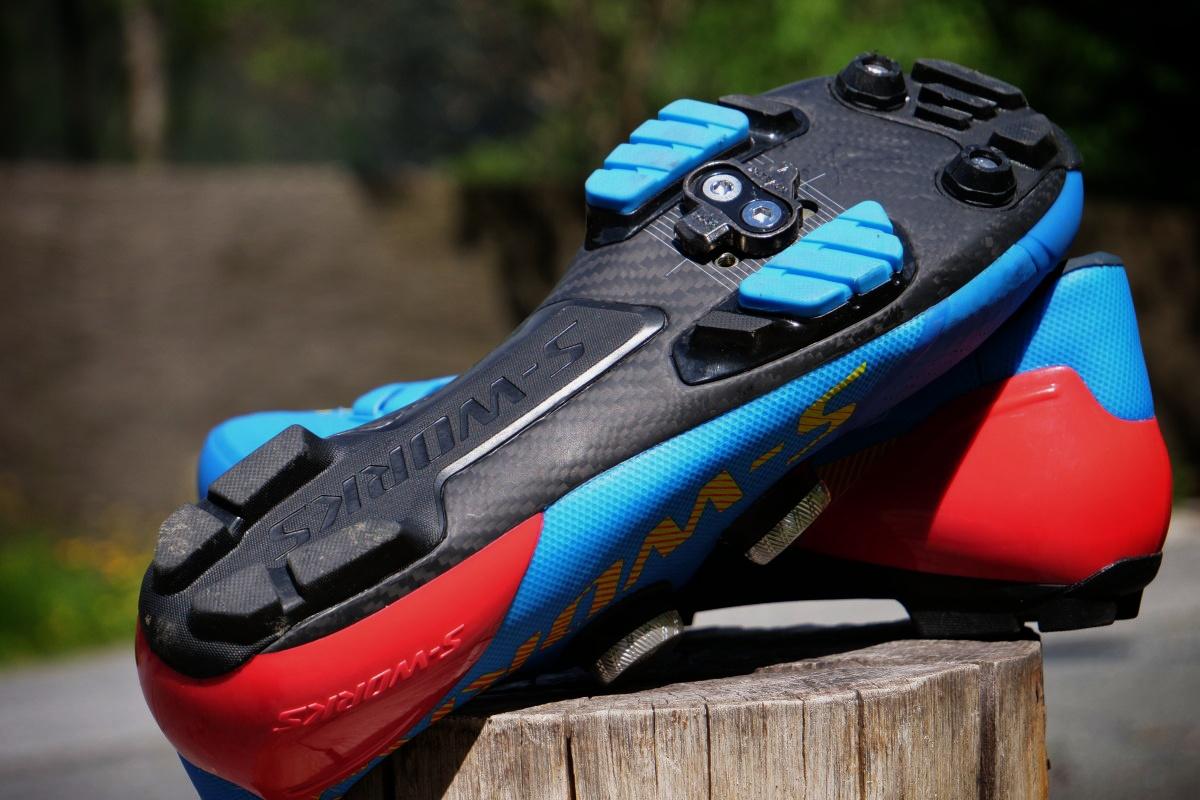 Scarpe Specialized S-Works Recon - test; colorazione BASE
