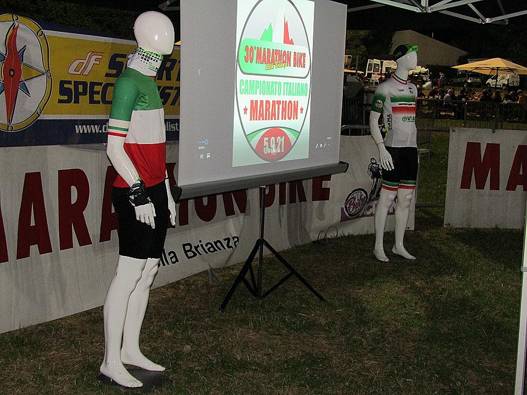 Presentazione nell'ambito della Fiera di San Gaetano a Casatenovo per la Marathon Bike della Brianza, Campionato Italiano Marathon 2021