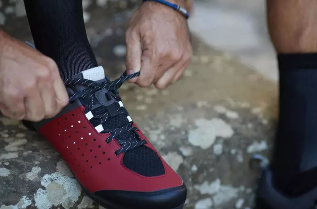 Chiusura lacci scarpe gravel Triban RoadC