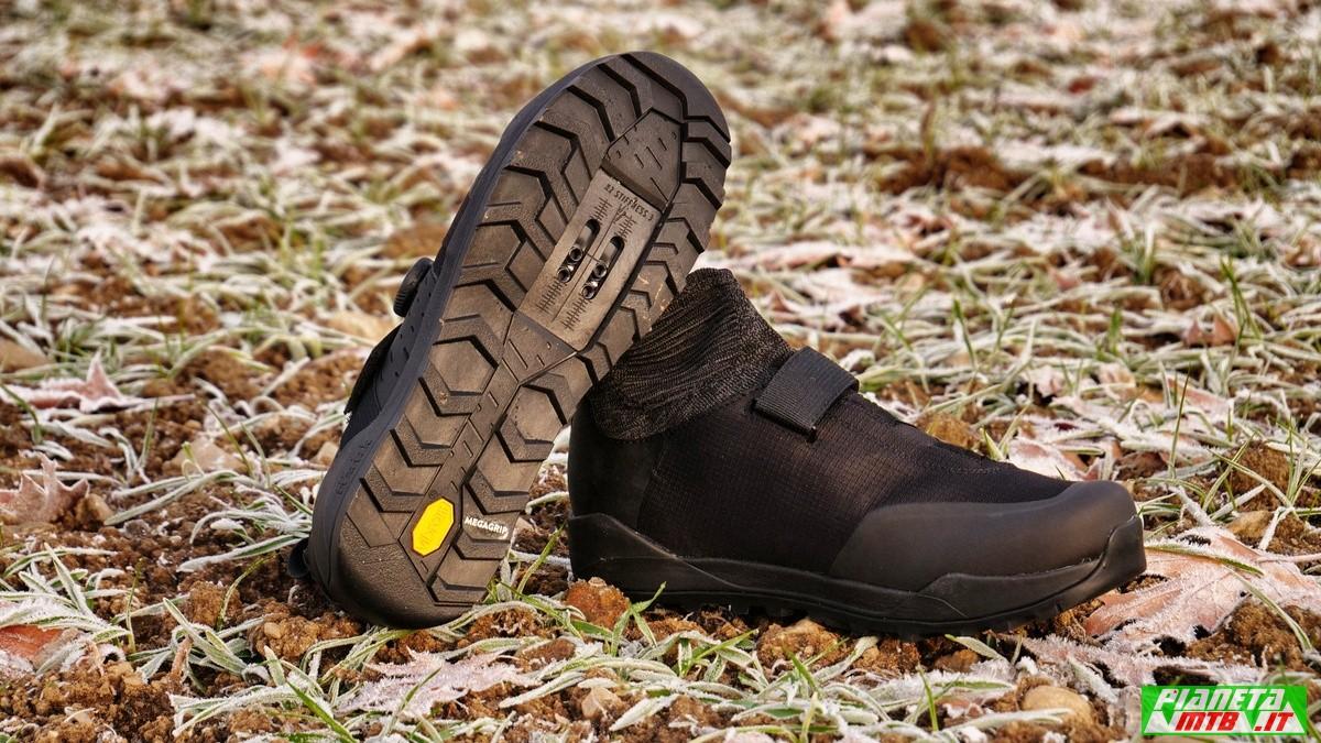 Suola Vibram Megagrip su scarpa mtb Fizik