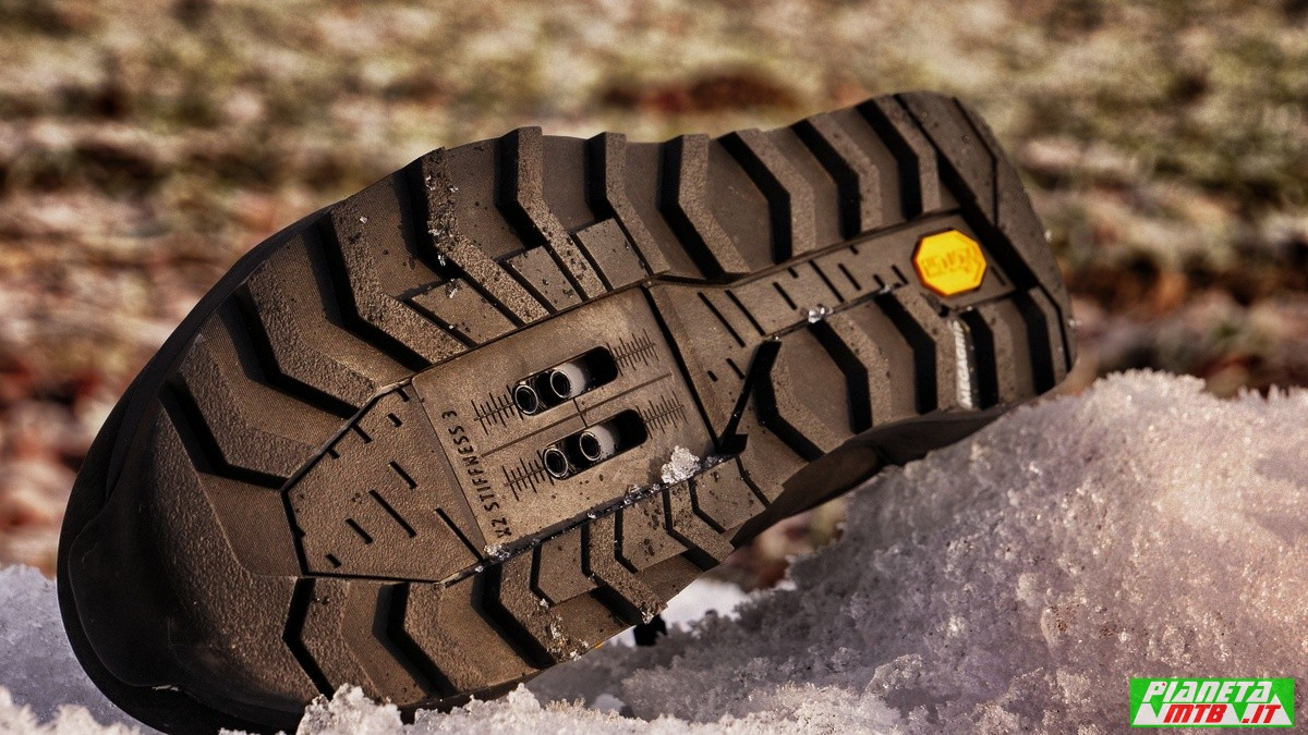 Fizik Terra Artica X2 - scarpa invernale mtb - suola Vibram