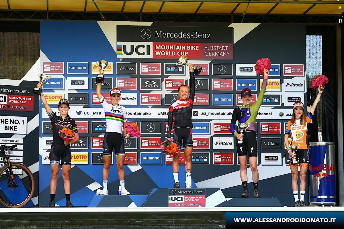 Albstadt - podio donne elite Coppa del Mondo XCO