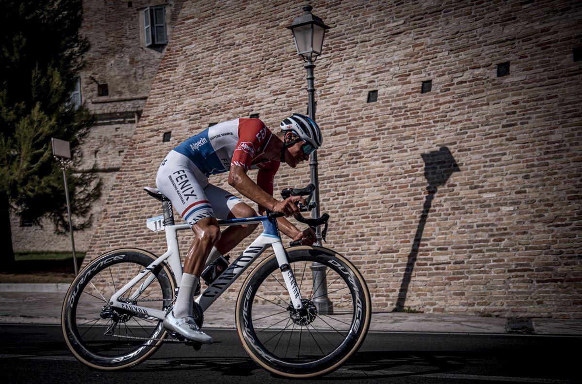 Mathieu Van der Poel alla Tirreno Adriatico