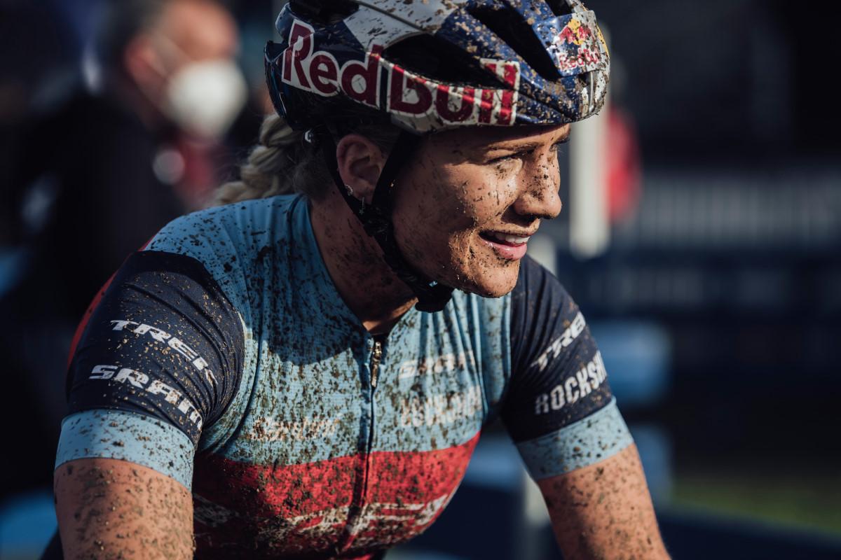 Evie Richards a Nove Mesto nello Short Track