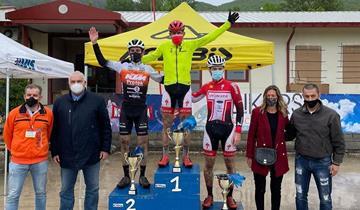 Francesco Casagrande vince in volata a Nocera Umbra, anche Giulio Galli sul podio