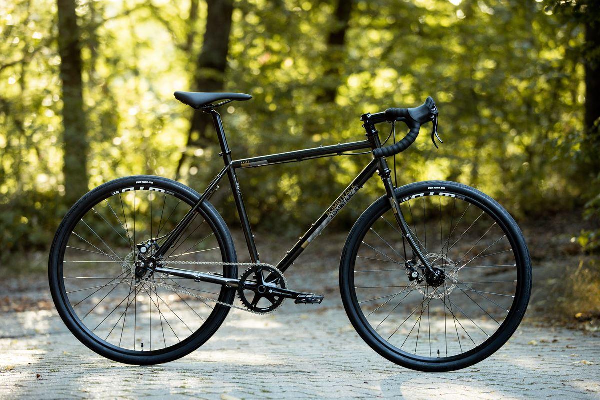 Bombtrack - gravel bike Arise
