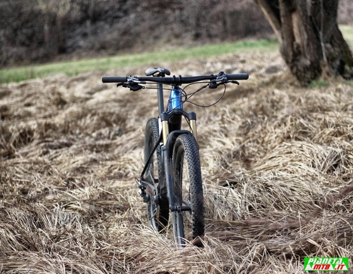 Trek E-Caliber primo piano bici
