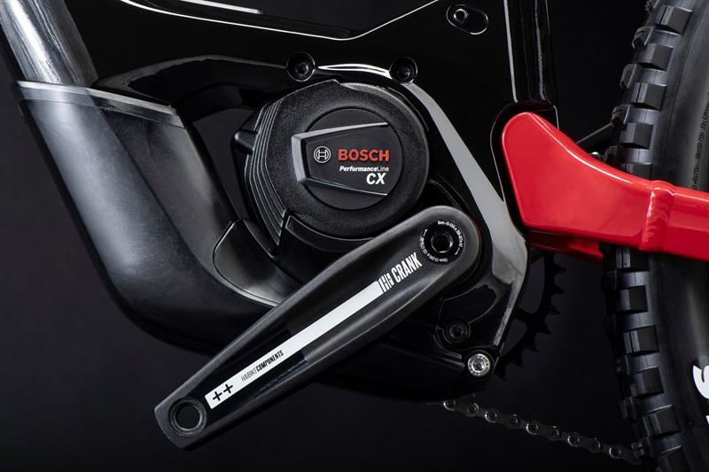 Motore Bosch Performance Line su Haibike AllMtb CF SE