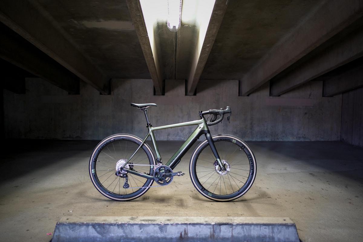 Pivot e-Vault - Gravel bike