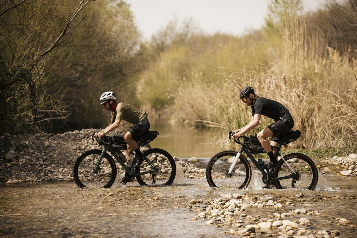 Scott Addict Gravel 2022 - bikepacking