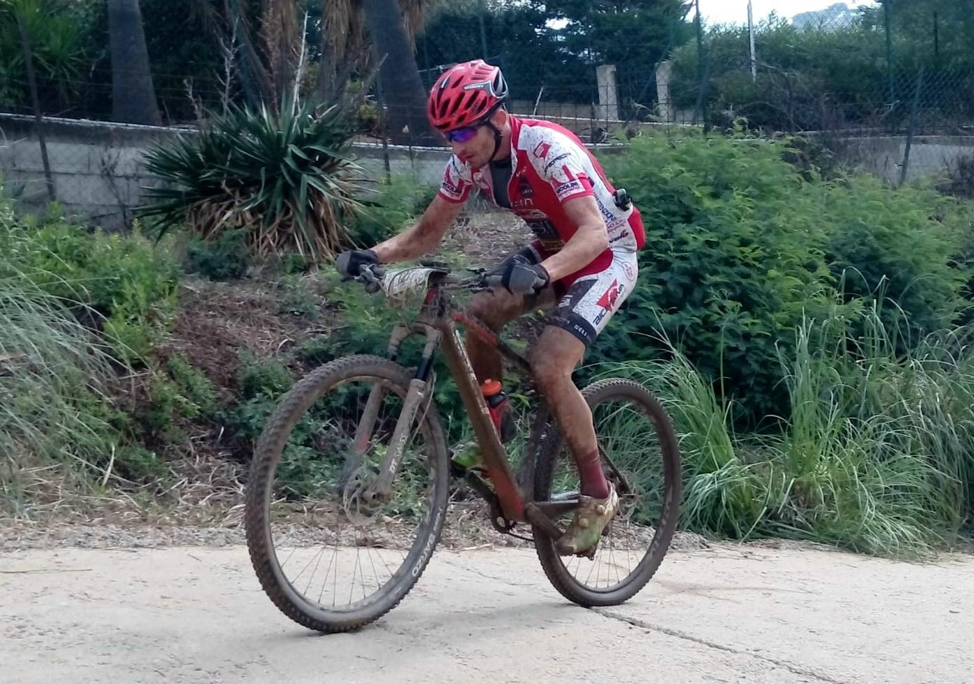 Giuseppe Conca disputa un'ottima Roc d'Azur. Il biker di Airuno conclude in 77ª posizione