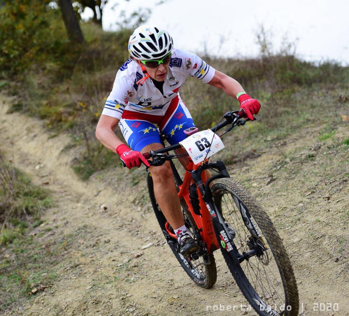 Karin Tosato conclude la stagione 2020 alla Pedalanghe, seconda tra le donne amatori