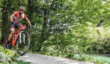 Alla Tiliment Marathon Bike Cristian Cominelli raggiunge il suo obiettivo