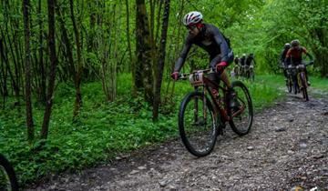 Doppia Top Ten nella bufera della Tiliment Marathon Bike