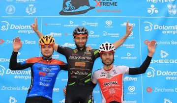 Elia Favilli sul podio della Passo Buole Xtreme