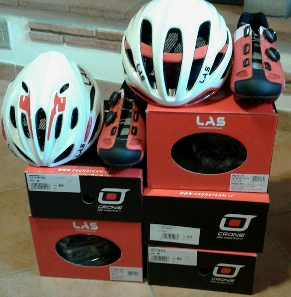 Las Helmets Cobalto e Virtus e scarpe Crono CX2 in dotazione a Soudal-Lee Cougan Racing Team 2019