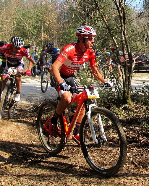 Daniele mensi secondo alla Granfondo di Monteriggioni alle spalle del Campione del Mondo Tiago Ferreira