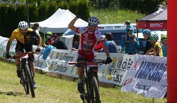 Carlo Penzo firma la prima dello Junior Team di Pavan Free Bike