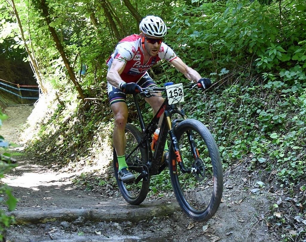 Alberto Riva settima vittoria del 2021 all'XC Camino