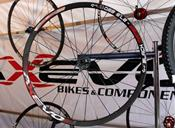 axevo_black_mamba_wheel.jpg
