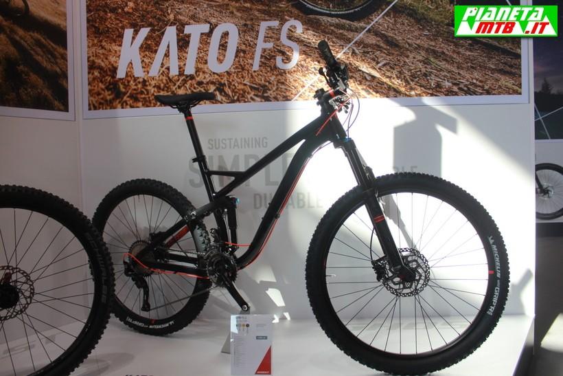 Ghost Kato FS 5