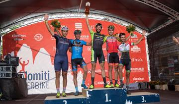 Alla Dolomiti SuperBike Oro per Pietro Sarai nella 60km. Top 10 per Leo Paez nella marathon.