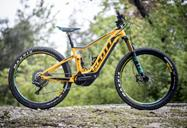 scott_e_spark_700_tuned_plus_esterno1.jpg