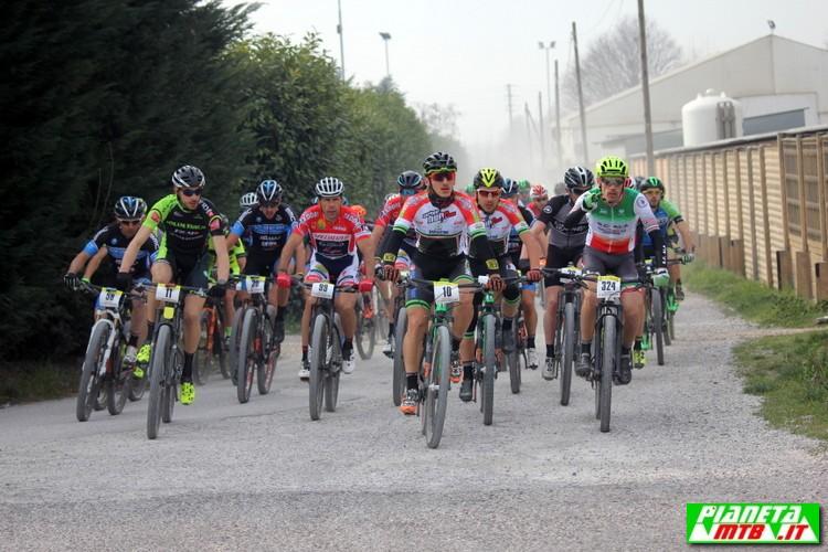 South Garda Bike gruppo all'inizio