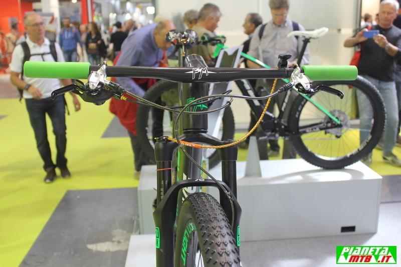 FM Bike a CosmoBike