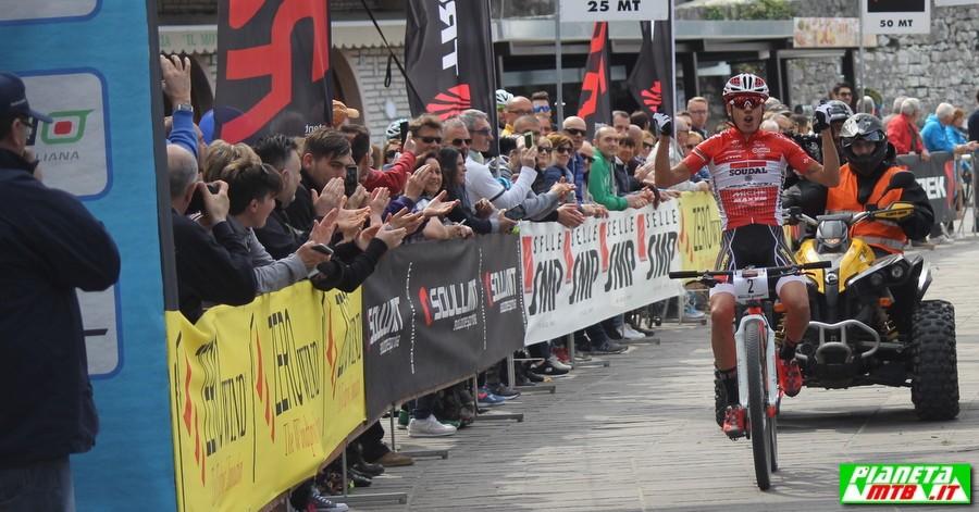 Daniele Mensi vince Garda Marathon