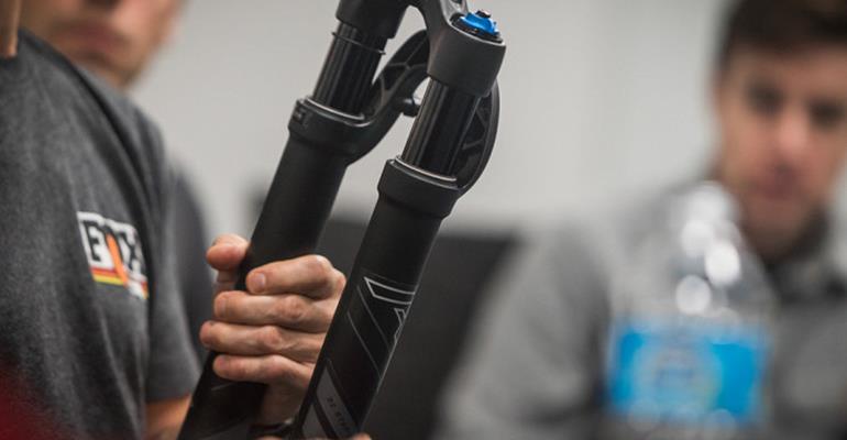 Fox presenta la 32 Step Cast AX, la sua prima forcella per le bici Gravel