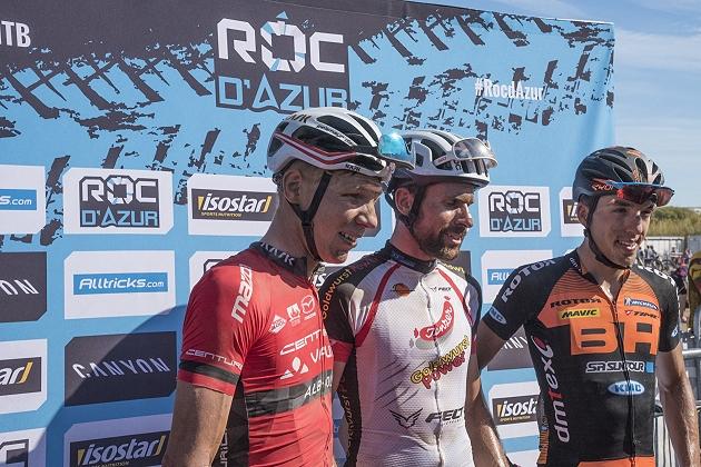 Il podio della Roc d'Azur 2017, con il vincitore Nicola Rohrbach, Geysmair e Sarrou terzo