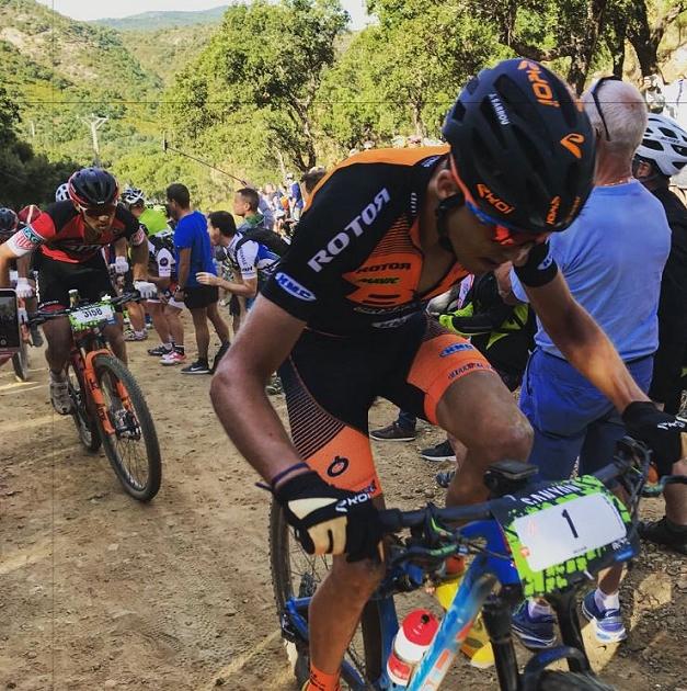Jordan Sarrou tenta l'attacco al Col de Bougnon, finirà terzo alla Roc d'Azur 2017
